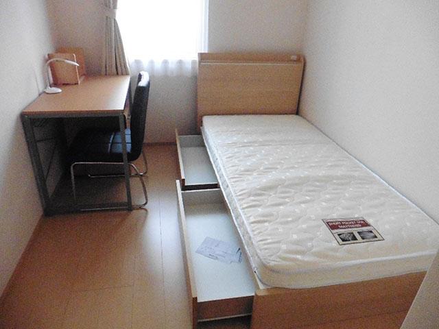 宿舎内部、個室部分